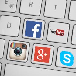 Obsługa-social-media